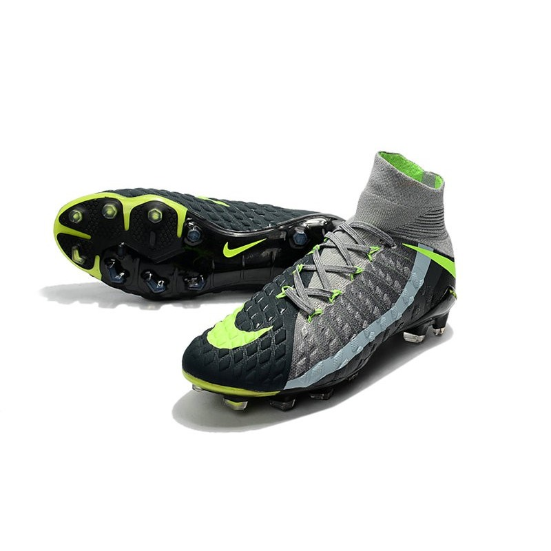 High Top Nike Hypervenom Phantom III Dynamic Fit FG Boot Air